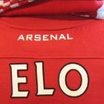 Seuraan aktiivisesti Englannin Valioliigaa ja kannatan Arsenalia.